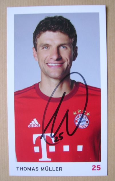 Thomas Muller autograph