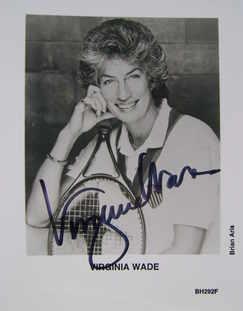 Virginia Wade autograph