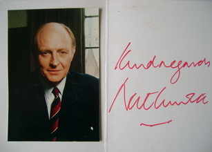 Neil Kinnock autograph