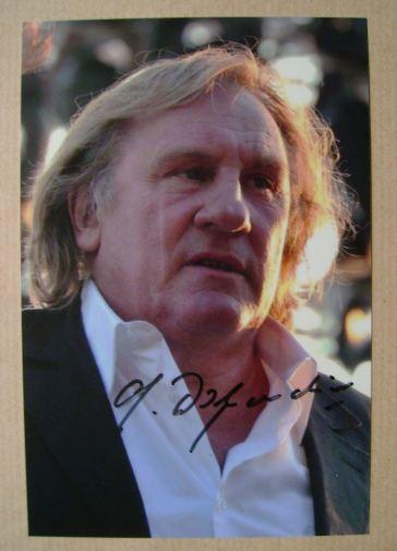 Gerard Depardieu autograph (hand-signed photograph)
