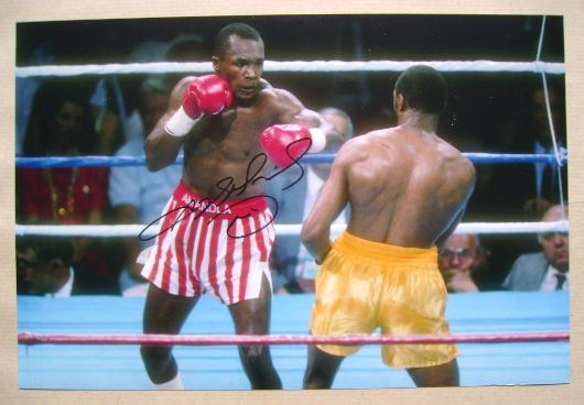 (Sugar) Ray Leonard autograph - signed photo