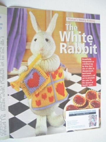 The White Rabbit toy knitting pattern (designed by Alan Dart)