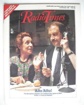 Radio Times magazine - Gorden Kaye and Carmen Silvera cover (19-25 October 1985)