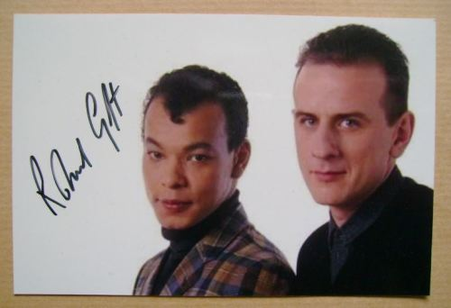 Roland Gift autograph
