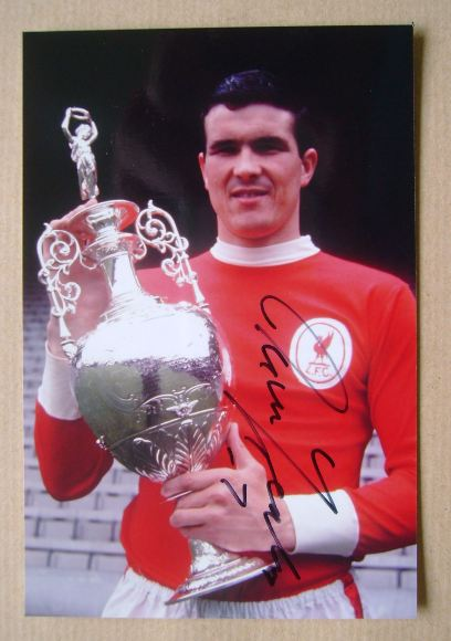 Ron Yeats autograph