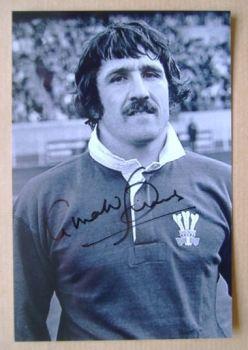 Gerald Davies autographed photo