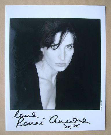 Ronni Ancona autograph