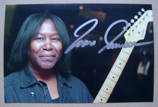 Joan Armatrading autograph