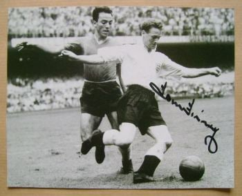 Tom Finney autograph