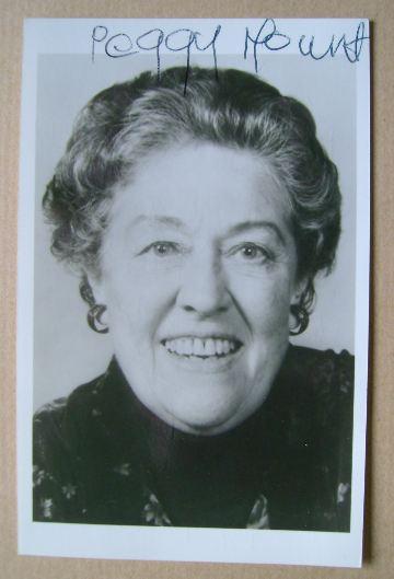 Peggy Mount autograph