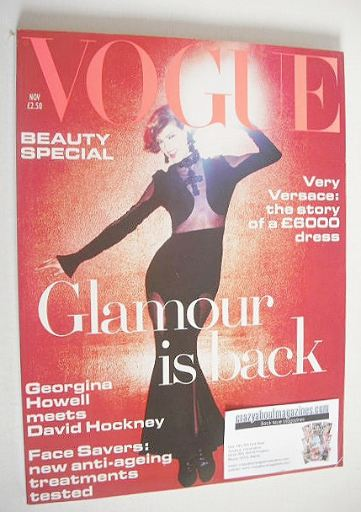 <!--1993-11-->British Vogue magazine - November 1993 - Linda Evangelista co