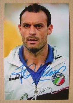 Toto Schillaci autograph