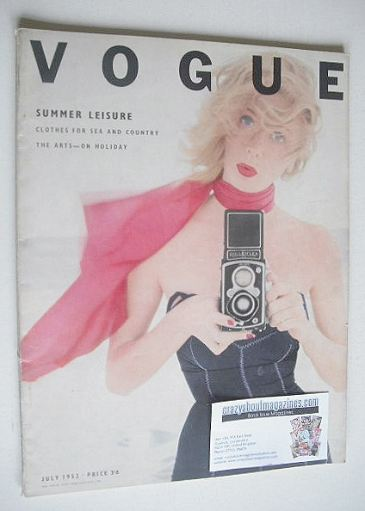 <!--1952-07-->British Vogue magazine - July 1952 (Vintage Issue)