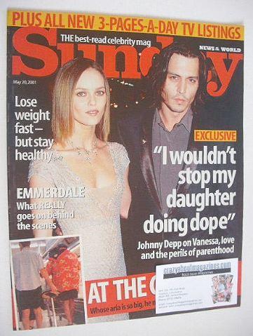 <!--2001-05-20-->Sunday magazine - 20 May 2001 - Johnny Depp and Vanessa Pa