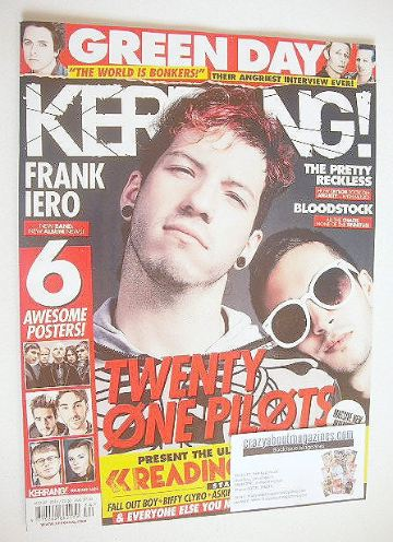 <!--2016-08-27-->Kerrang magazine - Twenty One Pilots cover (27 August 2016