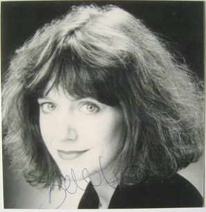 Belinda Lang autograph (hand-signed photograph)