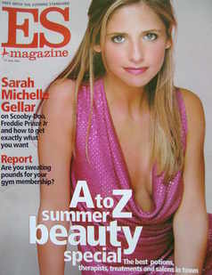 <!--2002-06-21-->Evening Standard magazine - Sarah Michelle Gellar cover (2