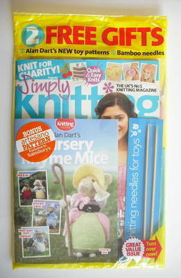 Simply Knitting magazine (Issue 70 - August 2010)