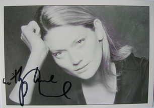 Sophie Ward autograph
