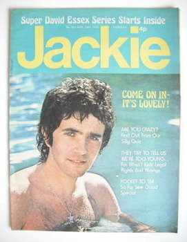 Jackie magazine - 24 August 1974 (Issue 555 - David Essex cover)
