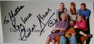Caroline Aherne autograph (hand-signed cast card)