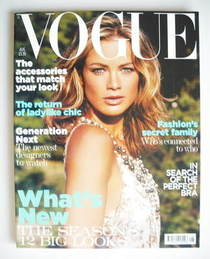 <!--2004-08-->British Vogue magazine - August 2004 - Carolyn Murphy cover