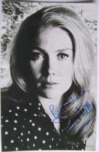Juliet Mills autograph