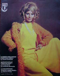 <!--1967-02-03-->Weekend Telegraph magazine - Hand Knitting Makes A Come-Ba