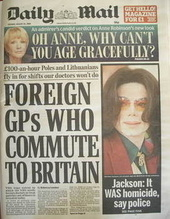 Daily Mail newspaper - Michael Jackson cover (25 August 2009)