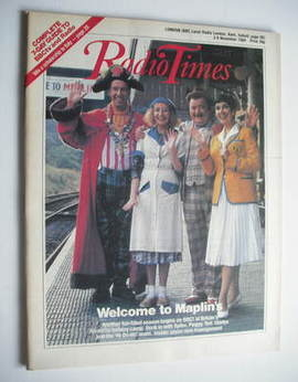 <!--1984-11-03-->Radio Times magazine - Hi-De-Hi! cover (3-9 November 1984)