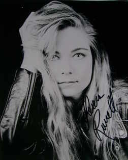 Theresa Russell autograph