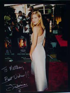 Julienne Davis autograph
