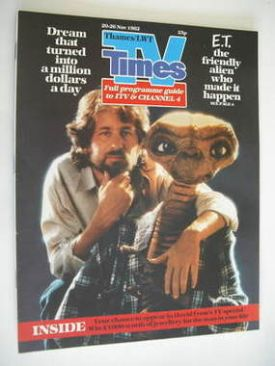 <!--1982-11-20-->TV Times magazine - Steven Spielberg and ET cover (20-26 N