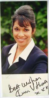 Kim Vithana autograph