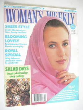 <!--1990-06-12-->Woman's Weekly magazine (12 June 1990)