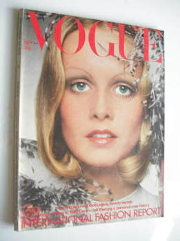 <!--1972-09-01-->British Vogue - 1 September 1972 - Twiggy cover