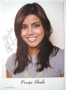 Pooja Shah autograph
