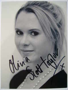Olivia Scott-Taylor autograph