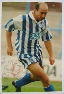 Clive Walker autograph