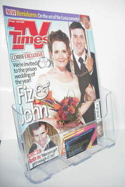 <!--2009-09-26-->TV Times magazine - Jennie McAlpine and Graeme Hawley cove