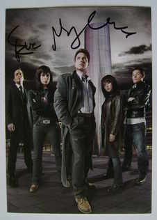 Eve Myles autograph (hand-signed Torchwood cast card)