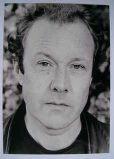 Hugh Simon autograph