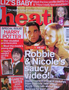 <!--2001-11-17-->Heat magazine - Robbie Williams and Nicole Kidman cover (1