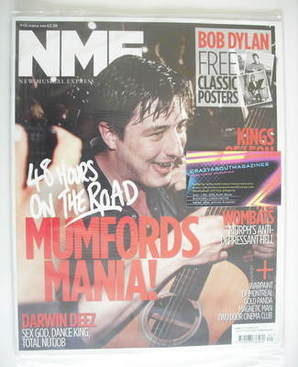 <!--2010-10-09-->NME magazine - Mumford & Sons cover (9 October 2010)