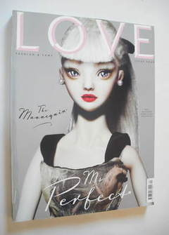 Love magazine - Issue 4 - Autumn/Winter 2010 - Buela cover