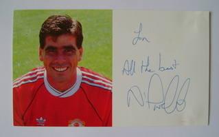 Neil Webb autograph