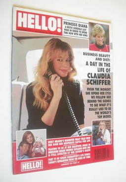 <!--1993-10-30-->Hello! magazine - Claudia Schiffer cover (30 October 1993
