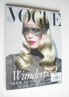 <!--2011-08-->German Vogue magazine - August 2011 - Claudia Schiffer cover