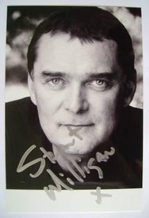 Stuart Milligan autograph