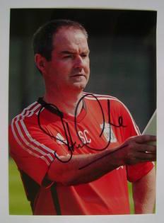 Steve Clarke autograph